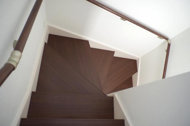 折り返し階段|千葉 内装・リフォーム