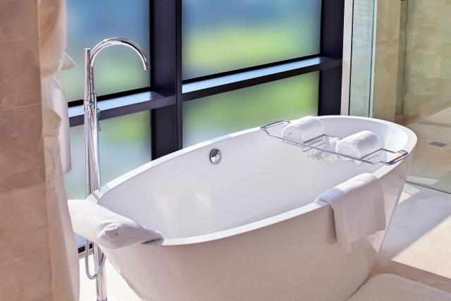 据え置き式浴槽|千葉 内装・リフォーム